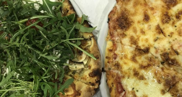 Pizza In Portugal's Wine Country At Pizzeria Limonete